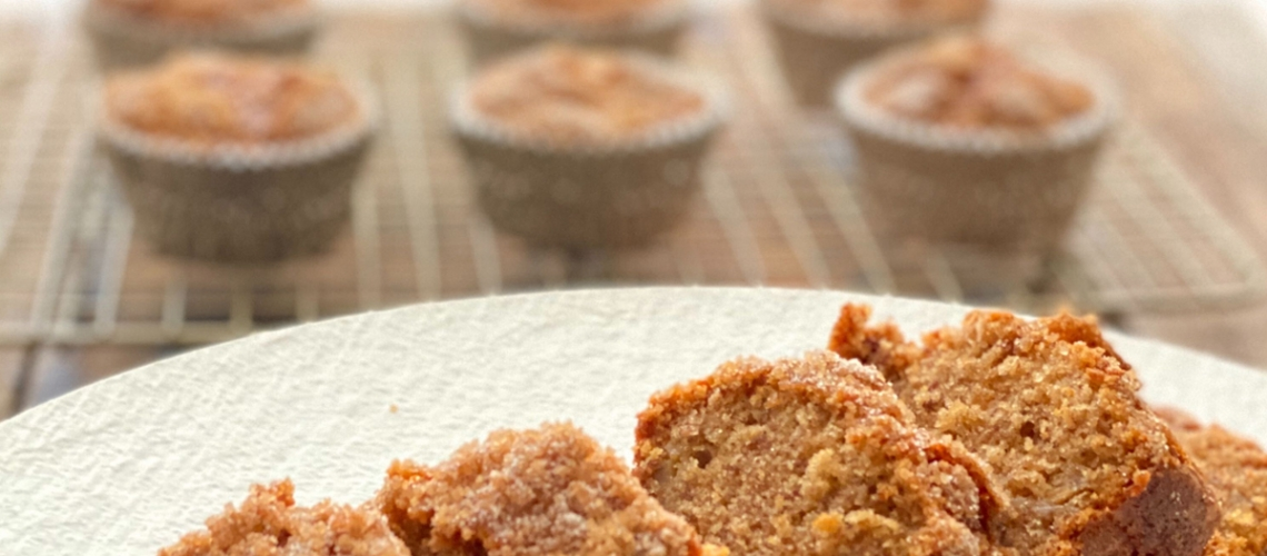 CSOE-EVOO-Cinnamon-Crunch-Banana-Honey-Cupcake